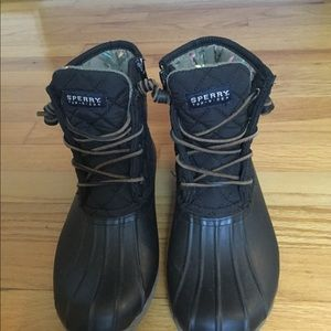 Barely used Black Sherry Boots Size 7